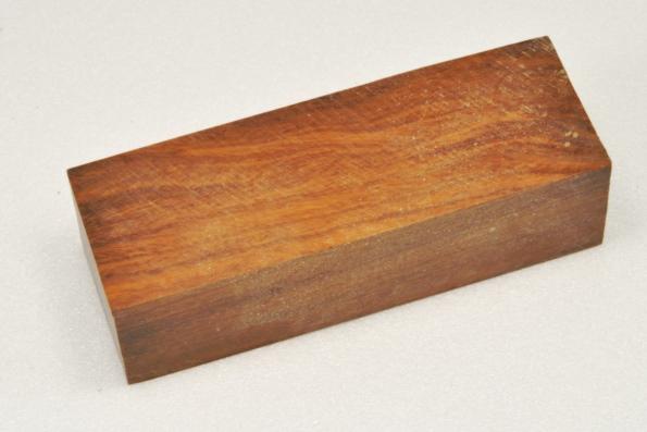Бакаут-железное-дерево